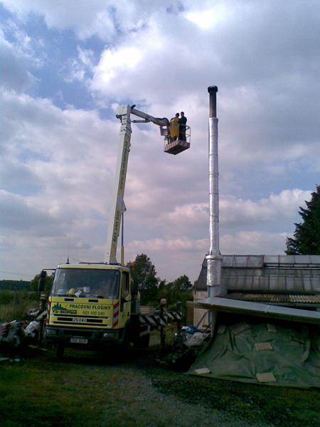 Opravy střešních krytin a komínů