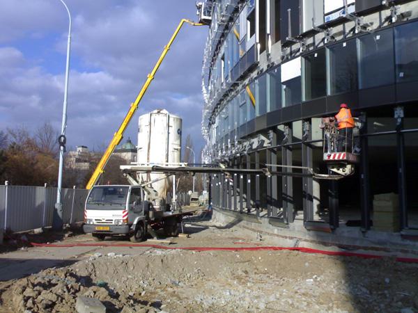 Zasklívání a montáže balkónových skel
